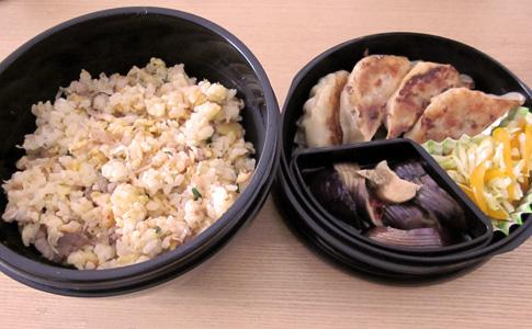 餃子炒飯弁当