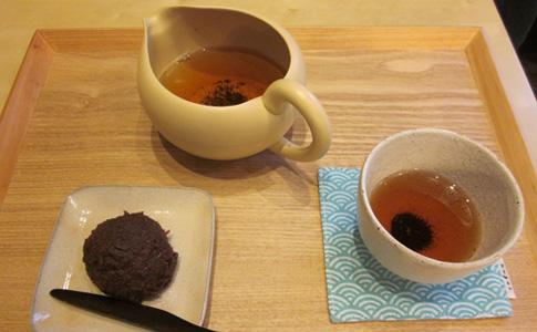 ほうじ茶&おはぎ@茶鎌